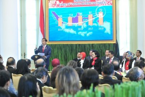 President Jokowi delivers his remarks during the Opening of the XXIII Congress of the Indonesian Notary Association (INI), at Bogor Presidential Palace, West Java, Tuesday (23/4). (Photo by: PR/Jay)