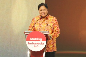 Minister of Industry Airlangga Hartarto. Photo by: Ministry of Industry