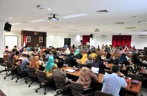Pelaksanaan Sosialisasi dan Survei Penilaian Maturitas SPIP di Gedung III Lantai 4, kemensetneg, Jakarta, Jumat (12/4). (Foto: Humas/Jay).