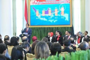 Presiden Jokowi memberikan sambutan pada pembukaan Kongres INI, di Istana Kepresidenan Bogor, Jabar, Selasa (23/4) siang. (Foto: JAY/Humas)