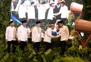 President Jokowi attends the National Gathering of Indonesian Young Entrepreneurs Association (HIPMI), at Ritz Carlton Hotel Jakarta, Sunday (26/5). (Photo by: Secretariat of the President).