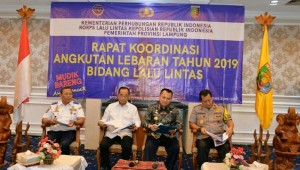 Transportation Minister Budi K. Sumadi together with Lampung Governor and Lampung Regional Police Chief attends the Eid Transportation Coordination Meeting, in Bandar Lampung, Thursday (23/5). (Photo by: Ministry of Transportation PR)