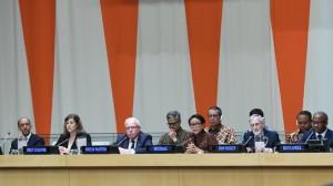 Menlu Retno Marsudi saat menjadi narasumber pada Pertemuan Arria Formula, di Gedung DK PBB, New York, AS, Kamis (9/5). (Foto: Humas Kemlu)