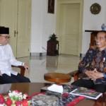 Ketua MPR Zulkifli Hasan bertemu dengan Presiden Jokowi, di Istana Kepresidenan Bogor, Jawa Barat, Rabu (22/5) siang. (Foto: OJI/Humas)