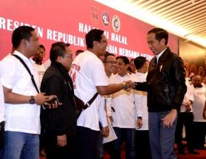 President Jokowi attends a halalbihalal (post-Ramadan gathering), at the Grand Sahid Jaya Hotel, Jakarta, Sunday (16/6). (Photo: BPMI)