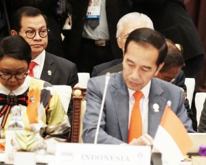 President Jokowi attends Plenary Session of ASEAN Summit, at the Athenee Hotel, Bangkok, Saturday (22/6). (Photo by: Dinda M/PR)