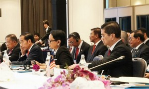 President Jokowi attends the 13th Brunei Darussalam-Indonesia-Malaysia-Philippines East ASEAN Growth Area (BIMP-EAGA) Meeting, at the Athenee Hotel, Bangkok, Thailand, Sunday (23/6). (Photo by: Dinda M /PR)