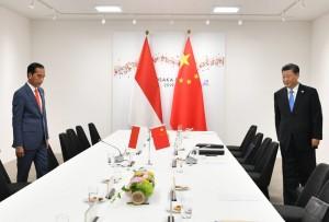 Presiden Jokowi dan Presiden RRT Xi Jinping melakukan pertemuan di sela-sela KTT G-20, di Osaka, Jepang, Jumat (28/6). (Foto: Setpres)