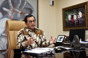 Cabinet Secretary Pramono Anung on an interview on the National Children's Day in Jakarta, Monday (22/7). (Photo by: Jay/PR).