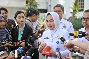 BMKG Head Dwikorita Karnawati answers reporters' questions after attending the opening of 2019 BMKG National Coordination Meeting, at the State Palace, Jakarta, Tuesday (22/7). (Photo by: Jay /PR)