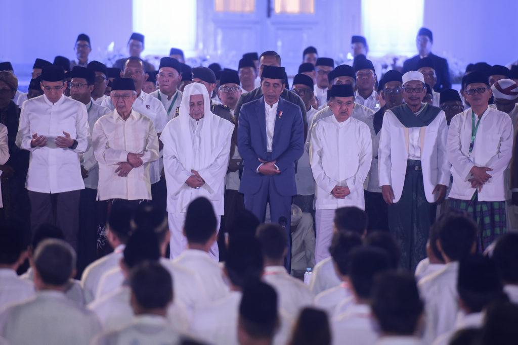 President Jokowi and Vice President Jusuf Kalla attend the National Prayer event to commemorate Indonesia's 74th independence anniversary, at the Courtyard of the Merdeka Palace, Jakarta, Thursday (1/8). (Photo by: Agung/PR)