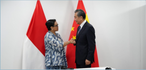Minister of Foreign Affairs Retno L.P. Marsudi meets Minister of Foreign Affairs of China Wang Yi, in Bangkok, Thailand, Tuesday (30/7). (Photo: PR of Ministry of Foreign Affairs)